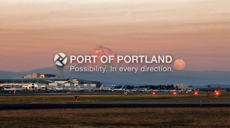 PDX was voted best U.S. airport in Travel+Leisure magazine's World's Best Awards reader poll in 2013; second for design and shopping, and third for food. PDX also won high marks in the business and family-friendly categories, and for its 87.5 percent on-time departure record.