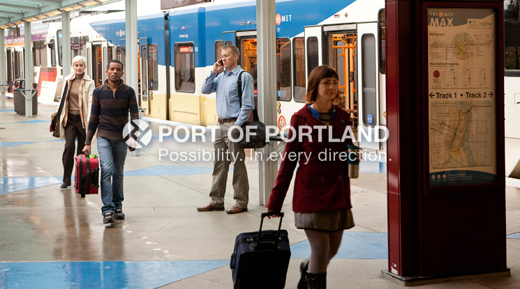 Portland is one of 16 major metropolitan cities in the U.S. to have a public rail system running from city center to the airport. Travel time on TriMet MAX light rail is just 38 minutes to downtown.