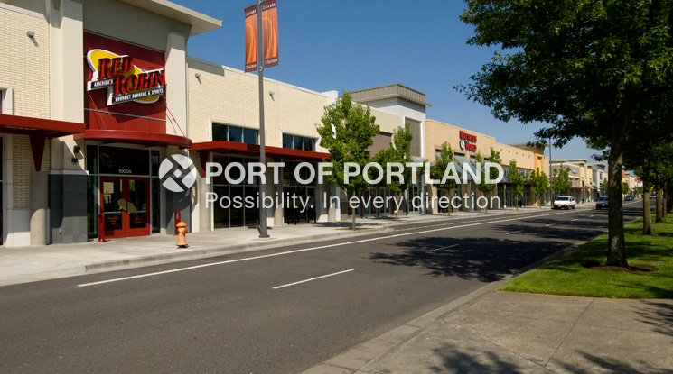 Cascade Station is a 120-acre transit-oriented office, commercial and hotel development located at Portland International Center with unique features such as park blocks and two light rail stations.