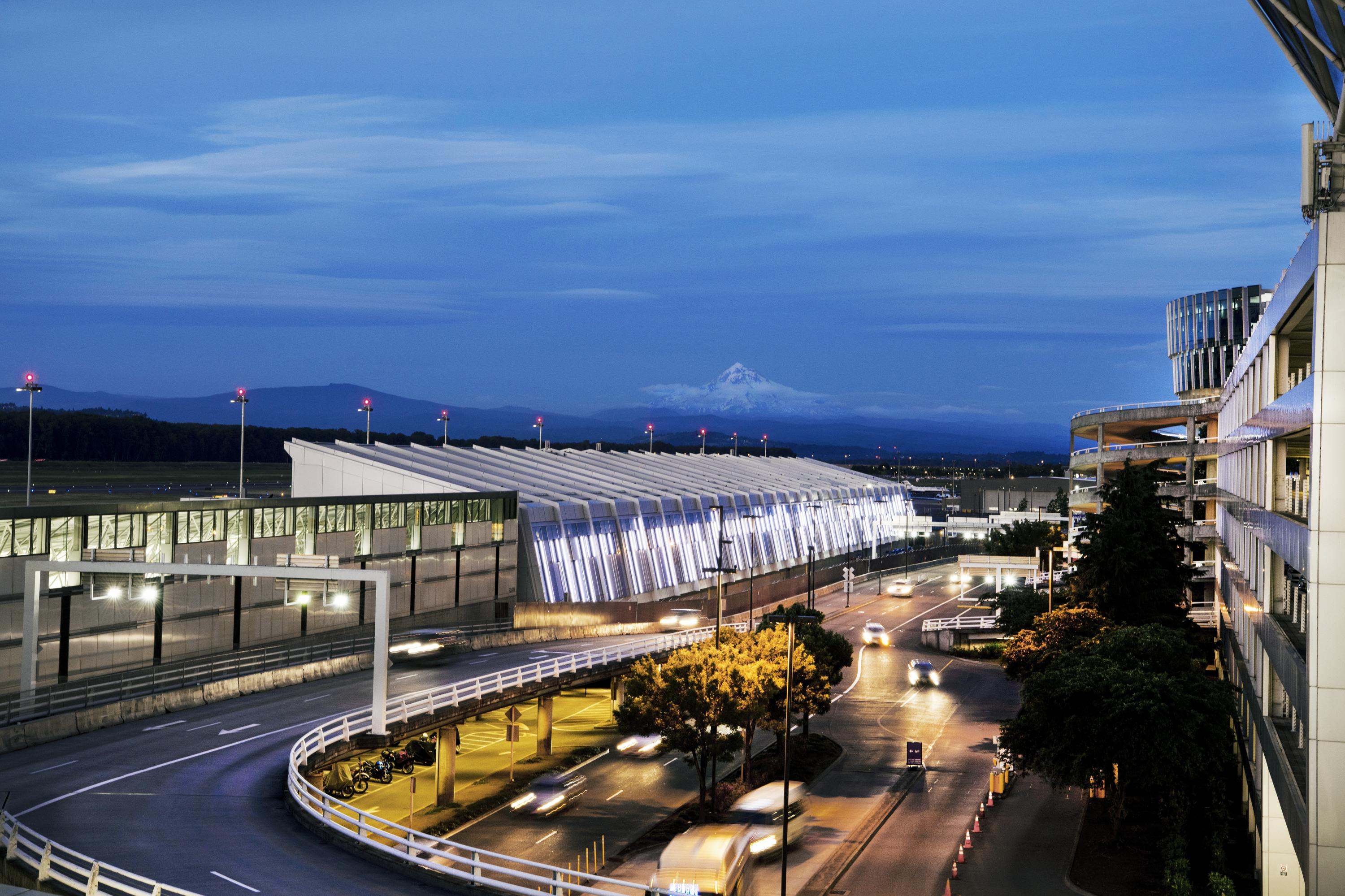 PDX Opens Concourse E Extension, First New Gates at Airport in Nearly 20 Years